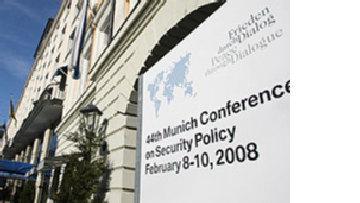 Россия предупреждает об опасности 'балканского домино' picture