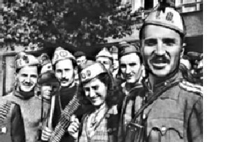 В Болгарии 'Бронзовый солдат' стоит крепко picture