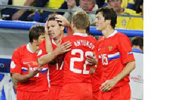 Вперед, Россия и революционер Хиддинк. Европейский футбол встречает еще одну сверхдержаву picture