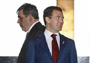 Медведев дает отпор Брауну picture