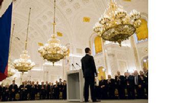 Критики встревожены планами Медведева по увеличению президентского срока до шести лет picture