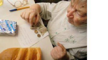 Старость в России: Горький привкус беспомощности picture