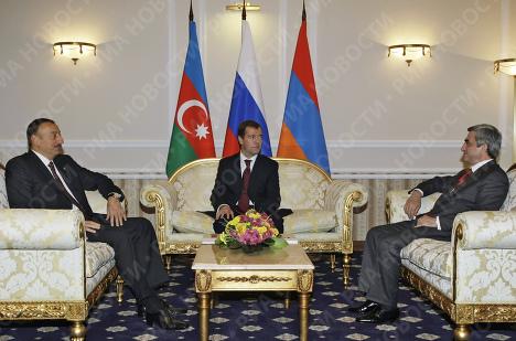 Д.Медведев, И.Алиев и С.Саргсян