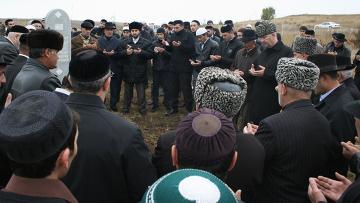 Похороны М.Аушева прошли на родовом кладбище в селении Сурхахи
