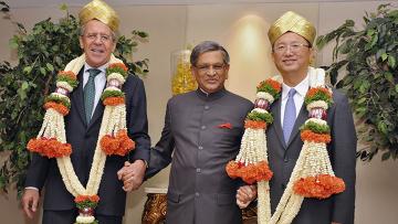 Встреча глав МИД РФ, Индии и Китая в городе Бангалор