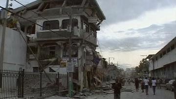 Сильнейшее за всю историю Карибского региона землетрясение произошло в Республике Гаити.