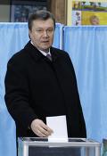 Виктор Янукович на первом этапе выборов в президенты Украины