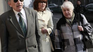 Родители Михаила Ходорковского в Хамовническом суде Москвы