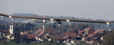 Первый длительный полет самолет на солнечные батареи Solar Impulse HB-SIA
