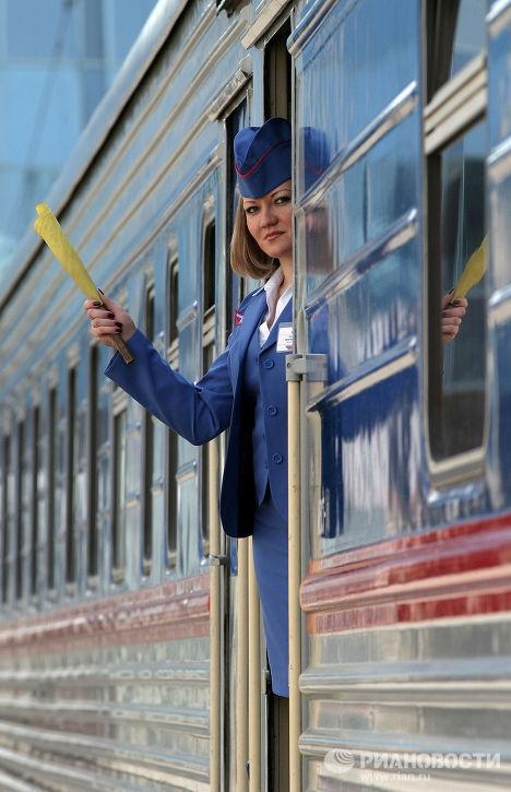Для перевозки пассажиров на праздники назначены дополнительные поезда.