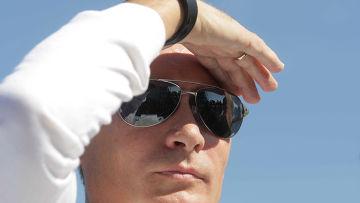 Илья Мильштейн.  На Селигере Путин был благодушен.  Это новый образ национального лидера, которого мы привыкли...