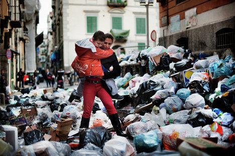 """""""Мусорный кризис"""" в Неаполе"""