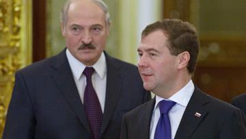 Медведев поздравил Лукашенко