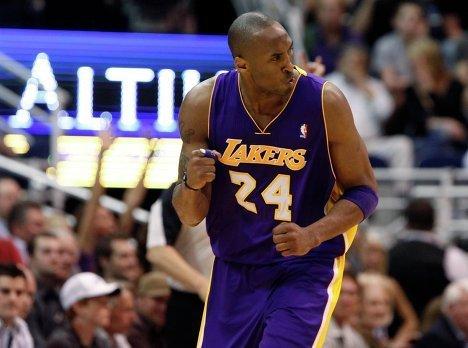 """баскетболист """"Лос-Анджелес Лейкерс"""" Коби Брайант"""
