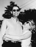 Артур Миллер с супругой Мэрилин Монро