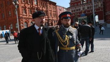Двойник В.И.Ленина на Красной площади в Москве