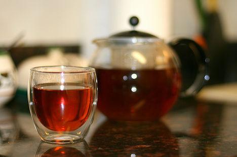 Стакан с чаем