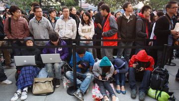 Китайцы в ожидании старта продаж iPhone 4