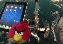 IPad и Angry Bird в открытом космосе