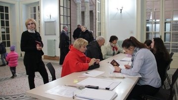 Работа избирательного участка в Риме