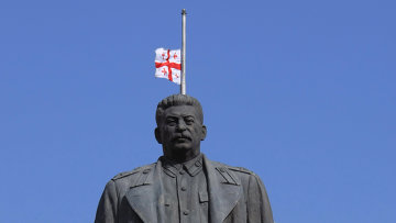 Памятник И.В.Сталину