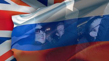 Митинги в Великобритании и России