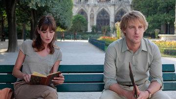 """Кадр из фильма Вуди Аллена """"Полночь в Париже"""""""