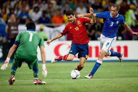 Футболу 2012 матч