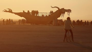 Фестиваль Burning Man в пустыне Блэк-Рок