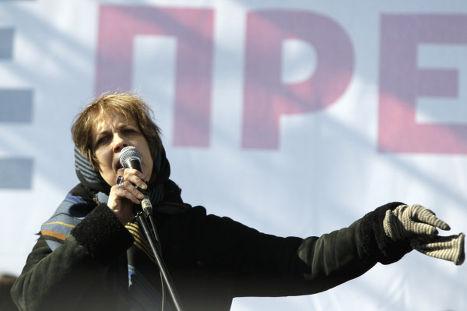 Журналист и правозащитник Зоя Светова выступает на митинге «За честные выборы»