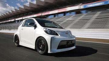 Автомобиль Toyota iQ Electric Vehicle