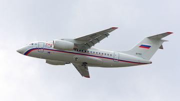 Самолет Ан-148