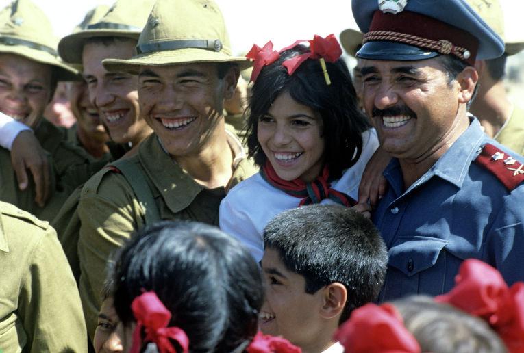 Афганцы провожают воинов-интернационалистов