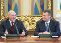 Визит Александра Лукашенко в КиевАлександр Лукашенко b Виктор Янукович на встрече в Киеве