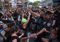 Протесты в Нью-Йорке против оправдания судом Джорджа Циммермана