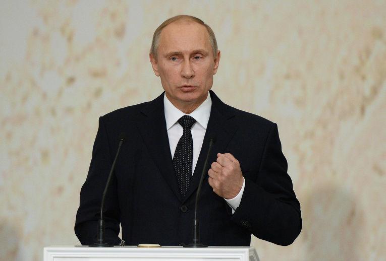Владимир Путин на церемонии вступления в должность мэра Москвы Сергея Собянина