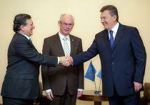 Жозе-Мануэл Баррозу, Херман ван Ромпей и Виктор Янукович на встрече в Вильнюсе