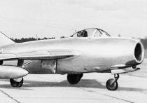 Самолет МиГ-15