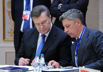 Виктор Янукович и Юрий Бойко, архивное фото