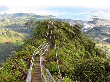 Лестница Хайку, Гавайи