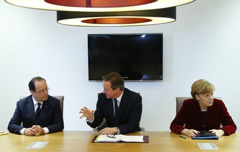 Франсуа Олланд, Дэвид Кэмерон и Ангела Меркель на саммите, посвященном ситуации на Украине