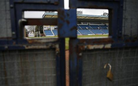 Стадион, где однажды выступал Элтон Джон, в городе Килмарнок в Шотландии