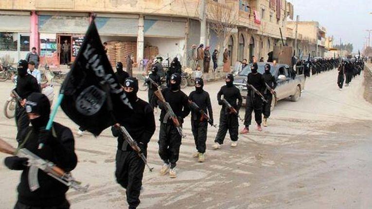 Группировка «Исламское государство Ирака и Шама» в городе Ракка, Сирия