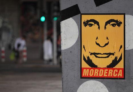 Наклейка с Владимиром Путиным в Варшаве