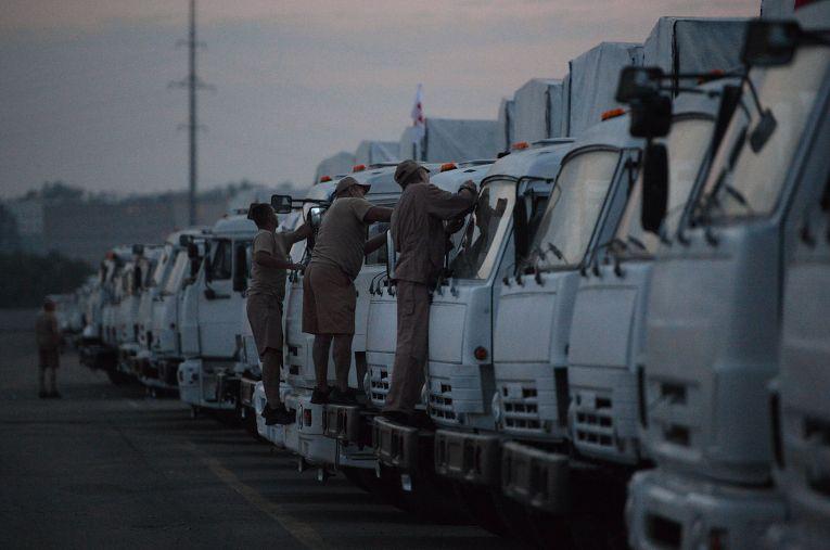 Отправка гуманитарного конвоя на Украину