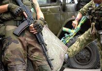 Пророссийские ополченцы в Донецке