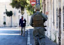 Израильский солдат на улице Вифлеема