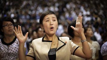 Женщина на рестлинг-шоу в Пхеньяне