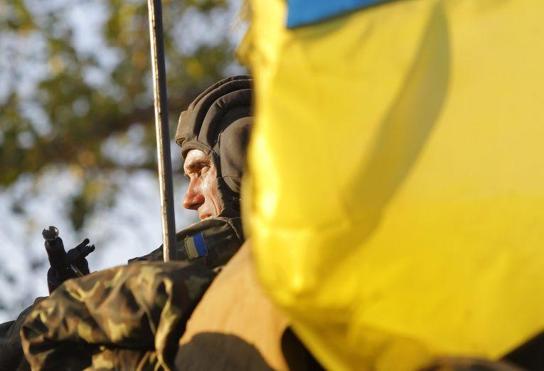 Украинский солдат в Мариуполе