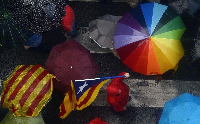 Акция протеста сторонников независимости Каталонии в Барселоне